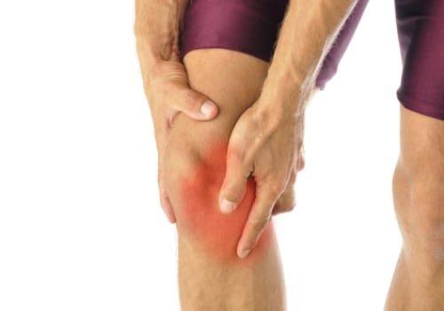 Появление боли в колене сбоку с внутренней стороны