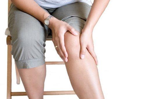 Ощущение боли и хруст в коленном суставе