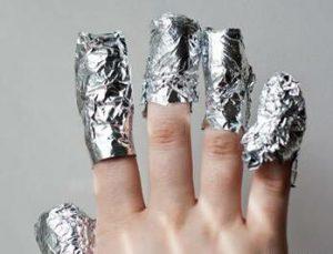 Лечение суставов пальцев фольгой