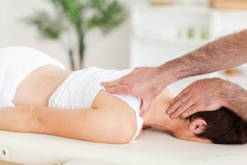 Мануальная терапия при плечелопаточном периартрите