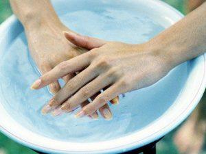 Применение ванночек для рук