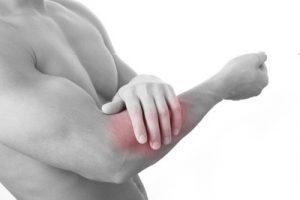 Боль при локтевом эпикондилите