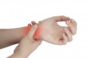 Боли и хрусты в области кисти