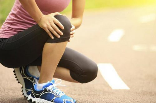 Ощущение боли в колене при приседании