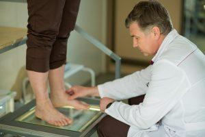 Обращение к врачу при плоскостопии