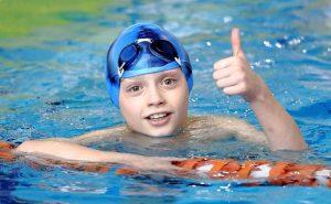 Плавание для восстановления после перелома