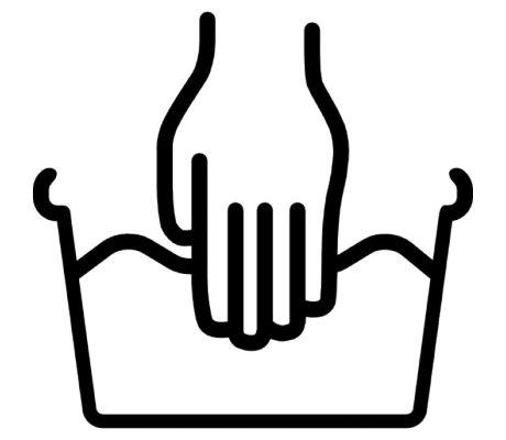 Ручная стирка эластичного бинта