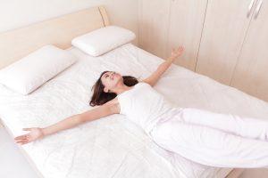 Снижение болевого синдрома после вытягивания позвоночника