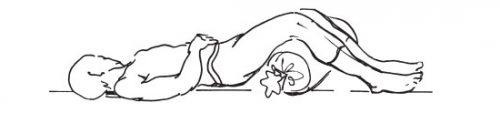 Валик под колени при обострении остехондроза